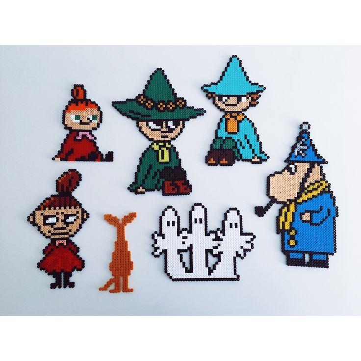 Moomin characters #hamabeads #beads #hamafun #midiperler #hamaperler #perler #perlerbeads #beadswork #pixelart #meltybeads #fusebeads #beadswork #diy #hamadiy #hama #hamaart #moomin #mumi #tovejansson #lillemy #sniff #mumrik