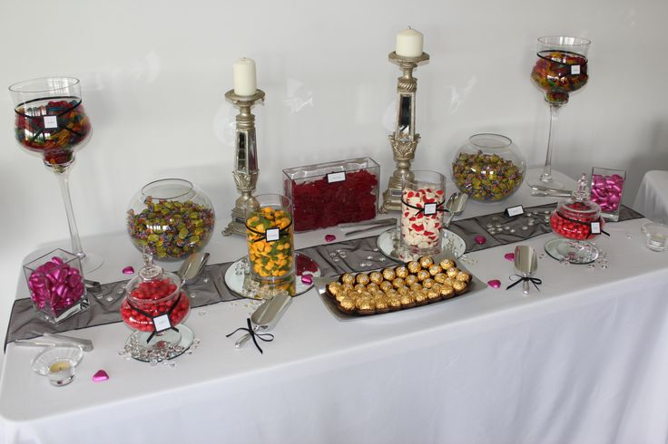 Stunning little lolly buffet for all those with a sweet tooth www.coasttocountryweddingsandevents.com.au