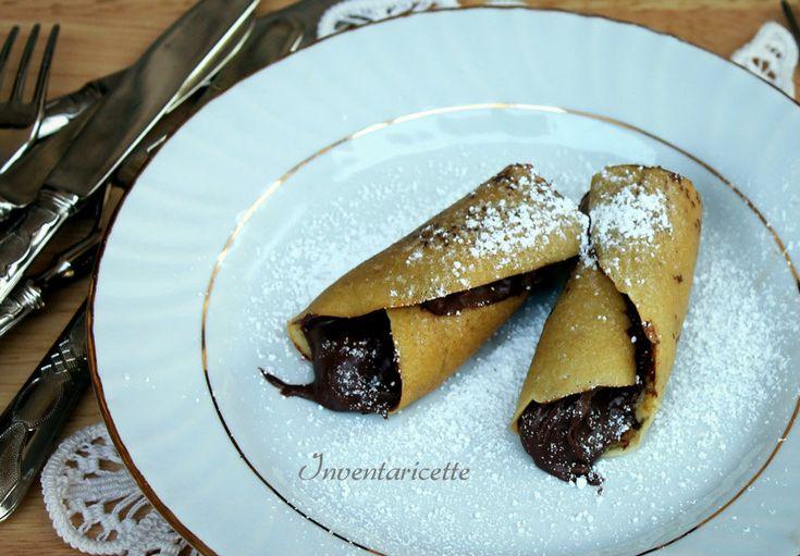 I cannoli di pan crepes alla nutella sono morbidosi dolcette pronti in pochi minuti e super goduriosi. Pan crepes, quella strana parola! Ecco, l'impasto è