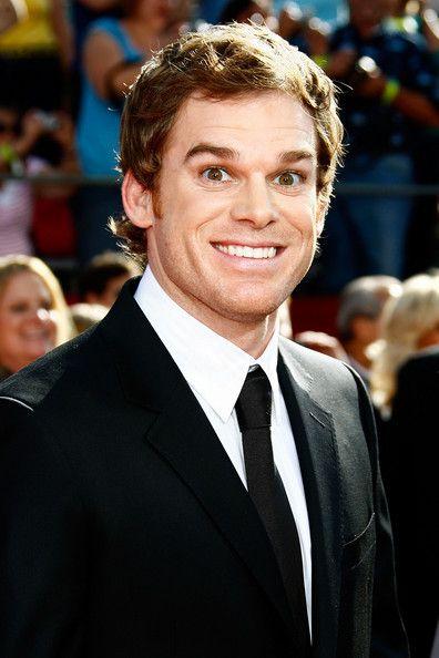 Michael C. Hall.... looooove Dexter