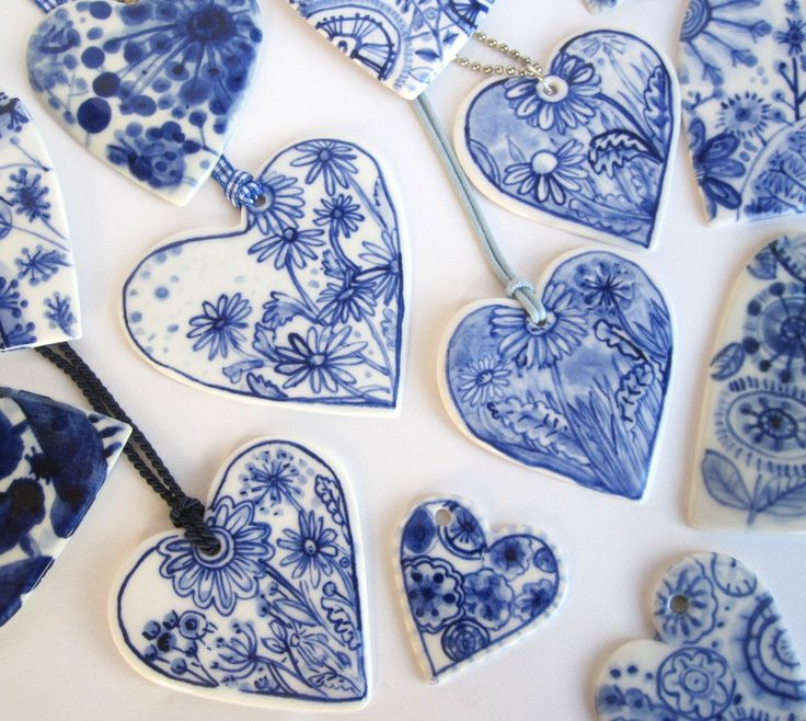 Heart - Delft handpainted porcelain necklace - 36 bucks - etsy