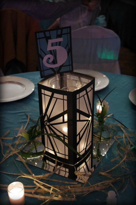 Art deco luminaries black white wedding centerpiece for Art deco wedding decoration ideas