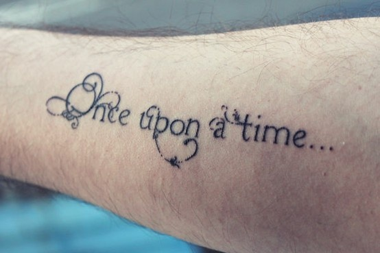 Lovely lettering on the tattoo this would be really cute with the dates of special events incorporated  IE: wedding, children's birth dates