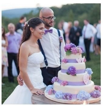 Svadobné torty, zákusky na svadbu, banketky, výslužky a slané pečivo | Svadba Danela