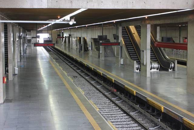 Estação Tatuapé do metrô vazia devido a greve. Viva la huelga de los trabajadores del metro de San Pablo!