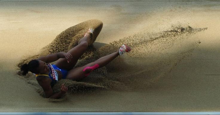 Brasileira Keila Costa registra marca durante as eliminatórias do salto triplo na Coreia do Sul