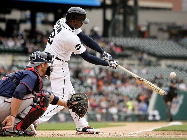 Detroit Tigers left fielder Justin Upton (8) flies out in the fourth inning of their AL Central game against the Minnesota Twins at Comerica Park in Detroit, on Thursday, April 13, 2017. (Mike Mulholland |
