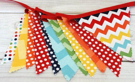Décoration de fête anniversaire, Bunting coloré, bannière de tissu, drapeaux, photographie Prop, Garland - arc en ciel, Chevron, Dots, rouge, bleu marine