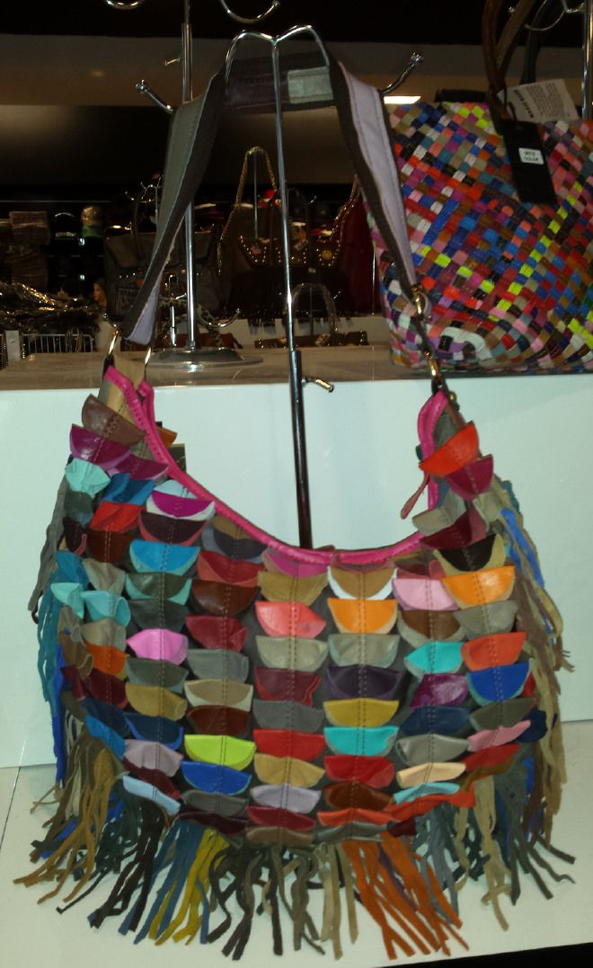 Ladies Leather Fringed Handbag with colored patchwork 49,47 € su www.bandana.it
