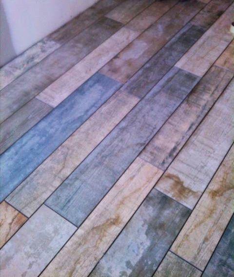 Awesome Websites Reclaimed wood bathroom floor