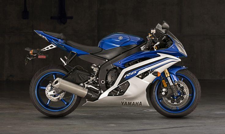 2016 Yamaha YZF-R6 Supersport Motorcycle