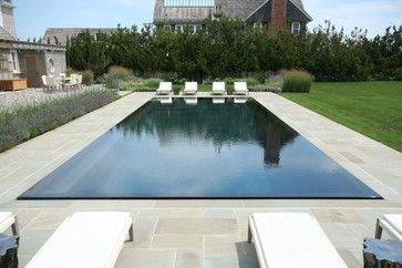 Zero Edge Swimming Pool Design Ideas, Pictures, Remodel and Decor. #pool #piscina #swimmingpool #darkpool #piscinaoscura #architecture #design