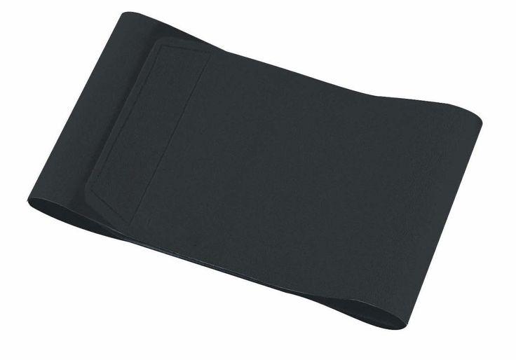 Tailleband Neopreen RS  Description: DeTailleband RSgemaakt van neopreen. Deze tailleband RS houdt lichaamswarmte vast en is zweet doorlatend. Het gebruik van de tailleband RS zorgt voor een verbeterde bloedsomloop en verhoogt de vetverbranding. Tevens ondersteunt de tailleband uw onderrug. Afmeting van de tailleband is 102x 20cm. Materiaal:neopreen Kleur: zwart  Price: 4.95  Meer informatie