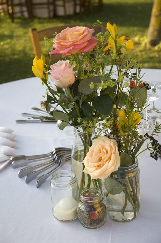 Centerpieces With Jars And September Colours For Tuscan Wedding
