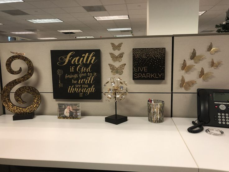 Cubicle Decoration Girly And Elegant Black And Gold