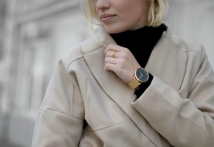 Street Style Bestseller.com Vila Beige Camel Coat Just Female Turtleneck VRS Fashion Jeans Men Shoes Forever21 Bag Bykrog Blogger Copenhagen