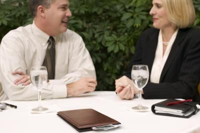 What Is Business Attire for Dining?