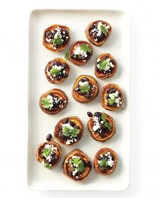 Recipe: Sweet Potato Rounds. Nice holiday appetizer.: Sweetpotato, Marthastewart, Recipe, Black Beans, Thanksgiving Appetizers, Martha Stewart, Gluten Free, Sweet Potatoes, Potatoes Round