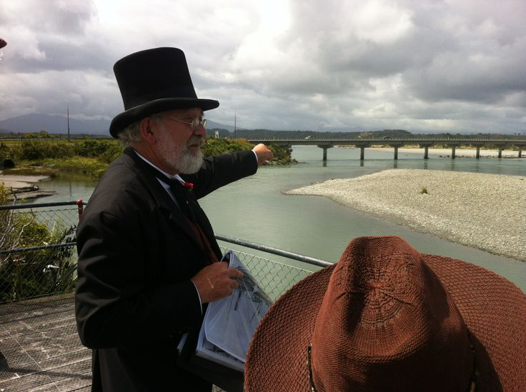 Walking History Tour, Looking from Gibson Quay towards the Hokitika Bridge.Tour Guide: David Vinnell. January 2014