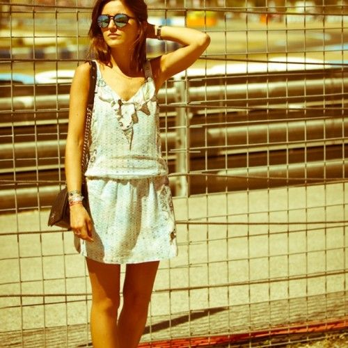 The second and third day in Jerez were really intense, watching races. #AlexandraPereira from #LovelyPepa decided to wear a sleeveless viscose mini dress, all-over coloured and sfumato paisley pattern from #GasJeans.