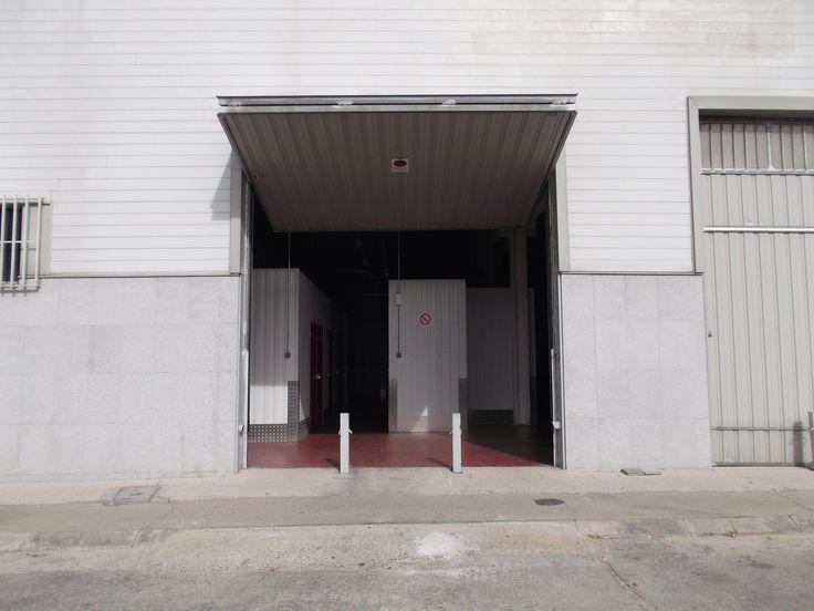 Puerta de entrada a una de nuestras áreas.