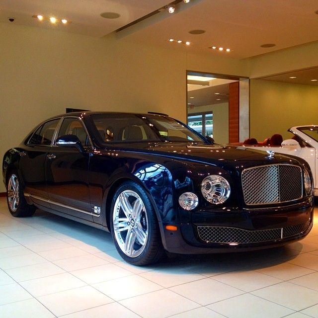 Luxury Cars, Bentley Mulsanne Et Bentley Gt