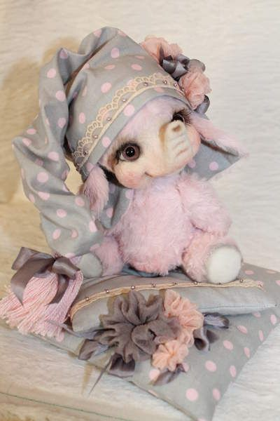 Pink Peas by Sadovskaya Tatiana
