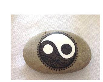Hand painted rock stone YIN - YANG - feng shui beach stone / gift / Art / Painting / Acrylic