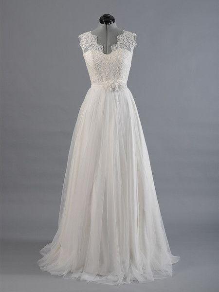 Produkttitel: Elegant Trägerlos Tüll Spitze Weiß Hochzeitskleid ...
