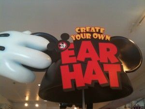 Create Your Own Ear hat Disney. Will absolutely do this day 1 on my next vacation to the park.