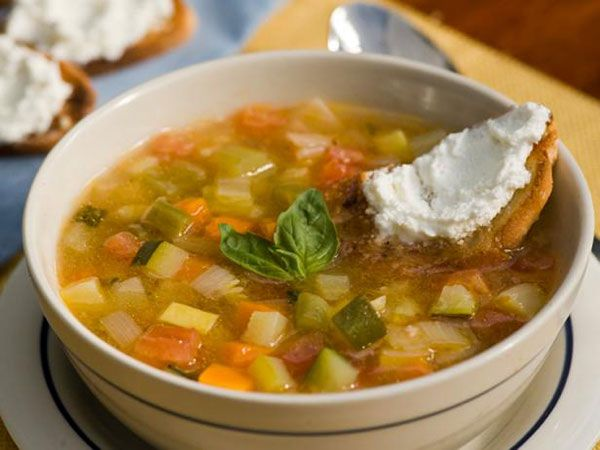 Vegetable Soup With Spinach Pistou