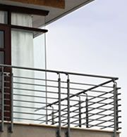 Fontanot railing for mezzanines and balconies and roof gardens