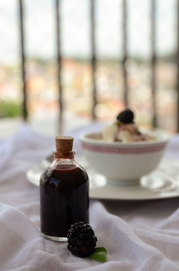 receita de molho de redução de balsamico com amoras Agridoce, para cobertura de sorvetes, saladas e iogurte!
