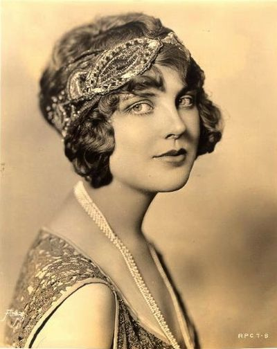 Justine Johnstone~Silent era film and stage actress, later went on to Columbia and became a pathologist who was on the team that developed the modern IV drip.