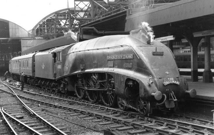 GRESLEY CLASS A4 60013   DOMINION OF NEW ZEALAND ON THE TALI…   Flickr
