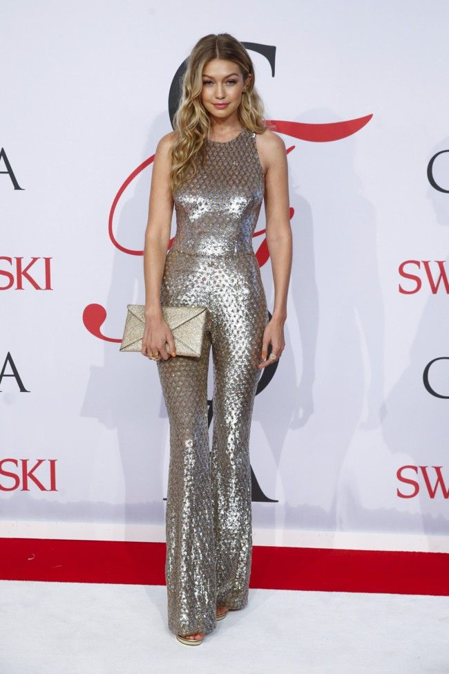 Gigi Hadid and her night club at the hands of Michael Kors at the CFDA 2015