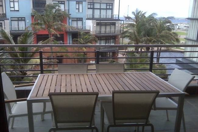 307 Point Bay (Sleeps 4) is situated in an apartment building at the Waterfront in Durban. The self-catering apartment has two bedrooms and one bathroom. There is a fully equipped kitchen, a lounge with DStv and a balcony with furniture overlooking the water