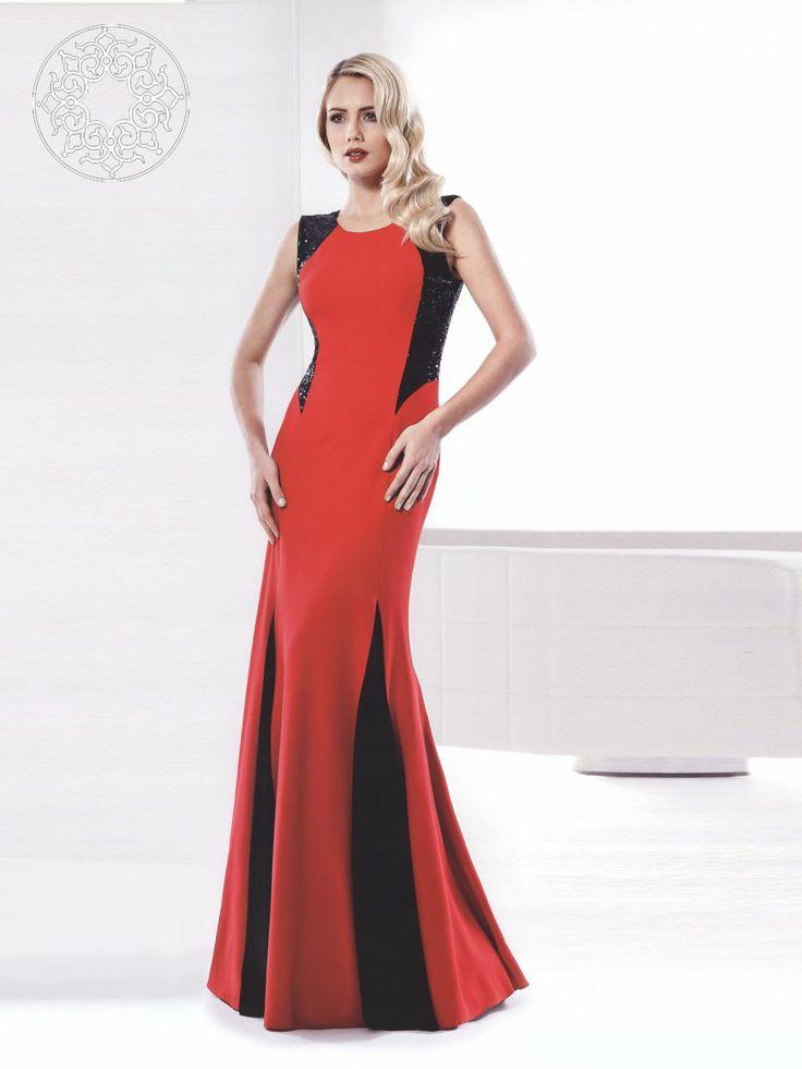 http://www.belginmoda.com/334-03-Abiye,PR-1478.html 334-03 Abiye Kumaş  : % 100 Polyester Manken : 38 Beden Ürün      : 38 Beden Desen   : Omuz Detayı Pullu Renk     :  Kırmızı