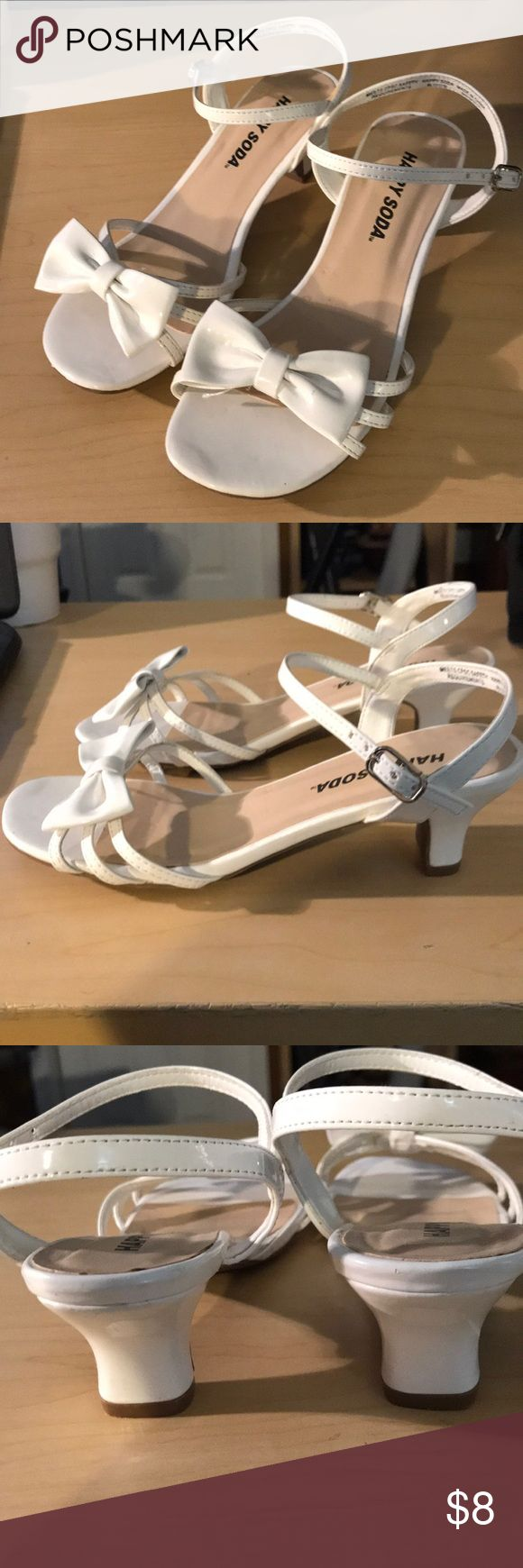 "Girls White heal Sandals / Dress Shoes Perfect for Easter! White patent sandals with small 2"" heal Worn very little. Does have minor wear as seen in pictures Shoes Sandals & Flip Flops"