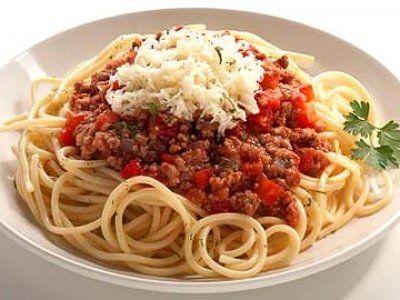 Receta de Pasta con Carne Molida | La pasta con carne molida es una receta ideal para toda la familia ya que a chicos y a grandes nos encanta. Además es un platillo muy completo por que contiene de todos los grupos de alimentos.
