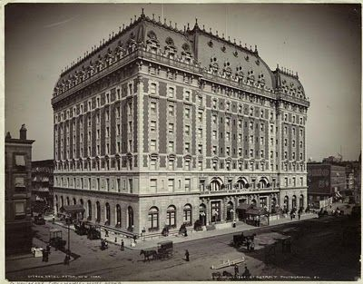 Historic times square fossmore hotel | The Hotel Astor in its opening year, 1904. The Astor was a Waldorf ...