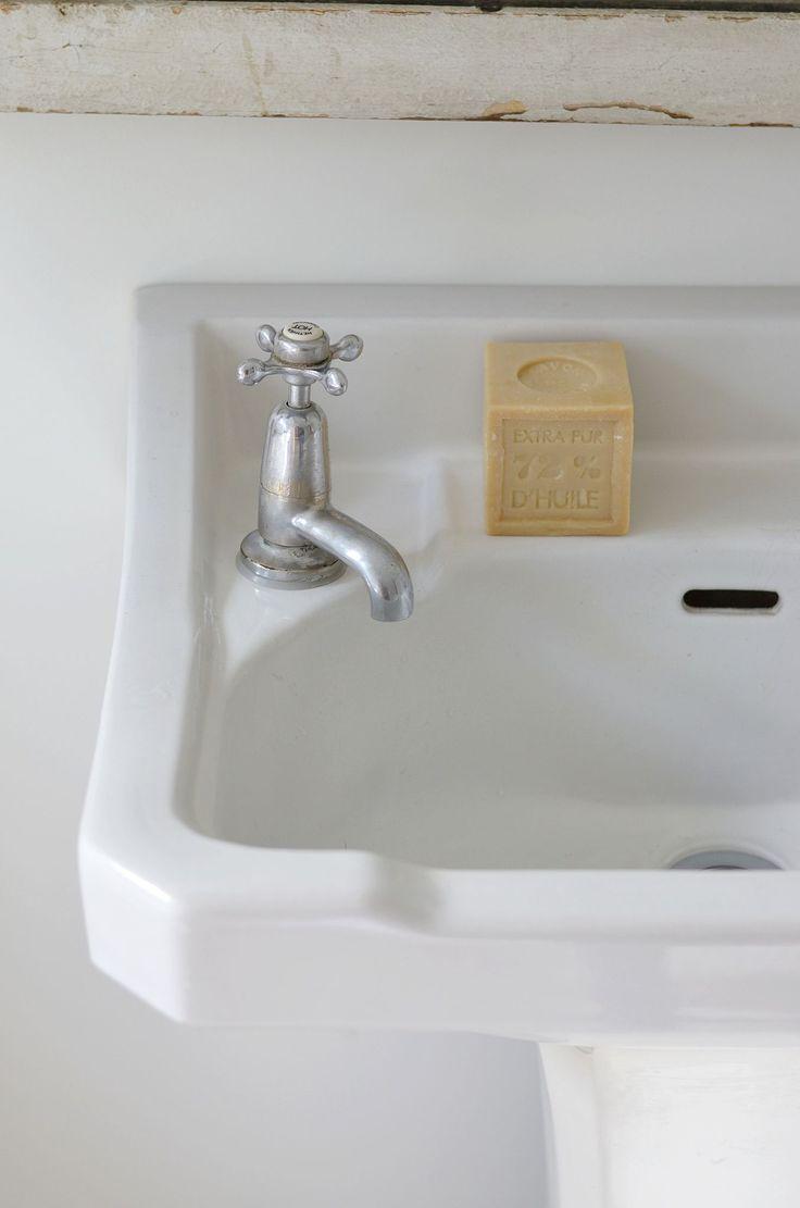 Patienter la maison douce the white soaps and style for A la maison white tea liquid soap