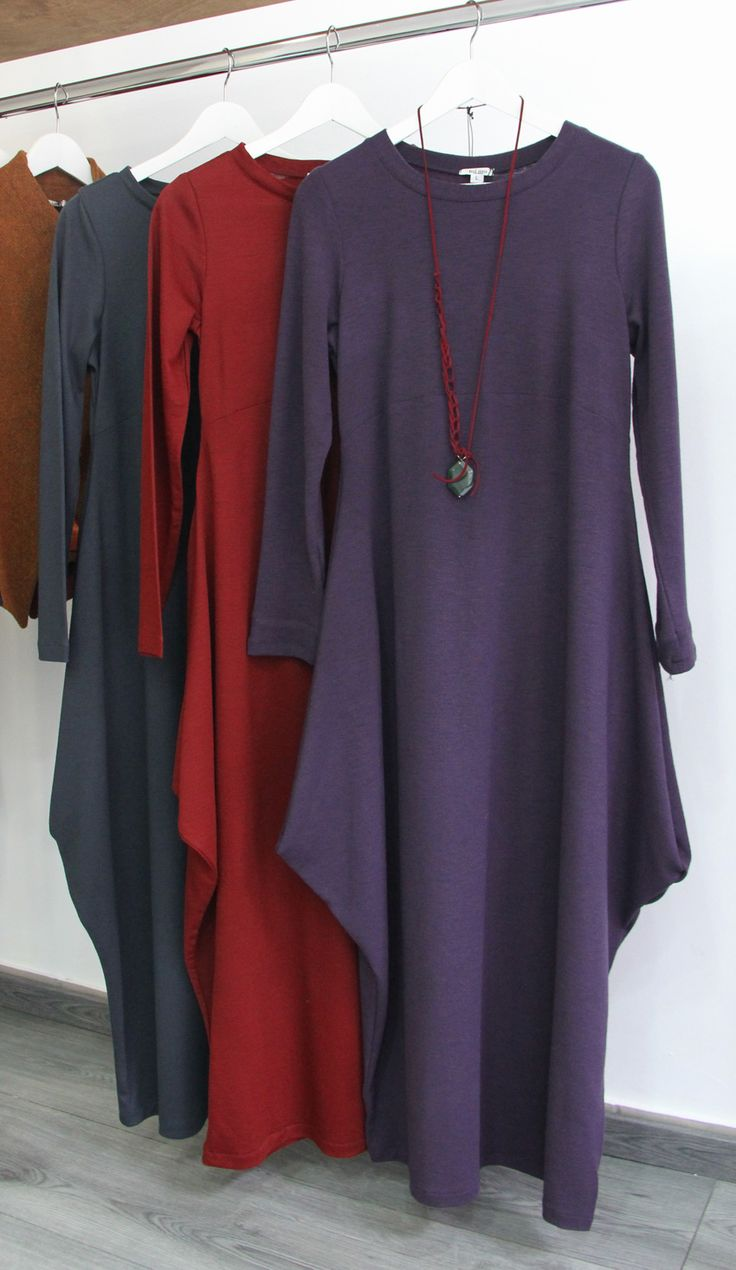 beautiful, minimal style, jersey dresses in warm colors