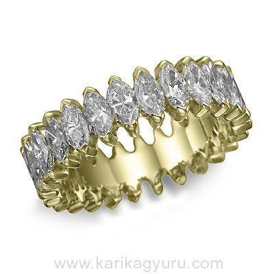 Karikagyűrű Áruház  Modern, szikrázó gyémánt gyűrű 18K sárga arany karmos foglalatban összesen 13 db marquise csiszolású összesen 1,80ct súlyú G-H/Si2 minősített gyémánttal. súlya kb 7,00gr