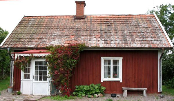 SWEDEN: Small cottage; stuga.