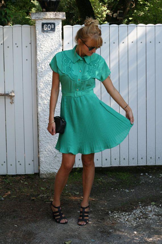 Robe Vintage /  French Vintage dress  Vert  par ShopClothesVintage