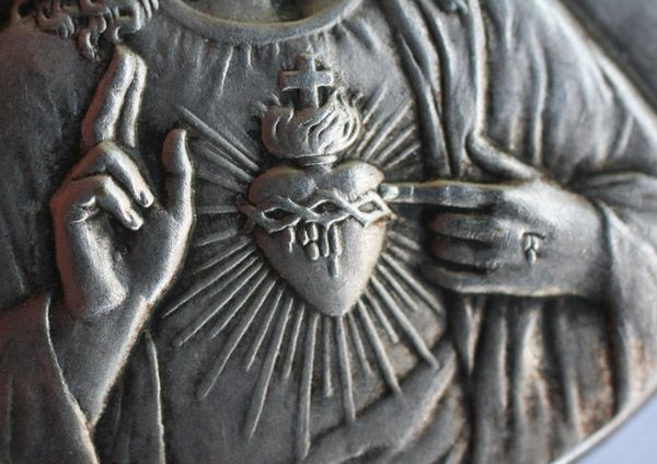 アンティークアナスタシア 神戸トアロード イエス イエズス・キリストに関するレファレンス イエズスの聖心 キリストの聖心 サクレ・クール sacre coeur マルグリット・マリ