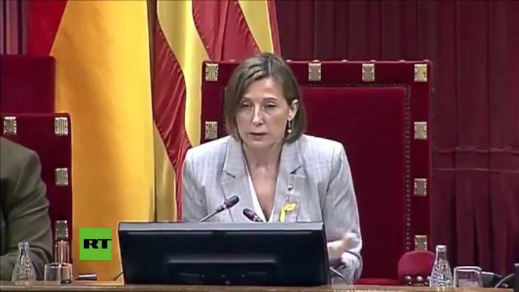 La presidenta del Parlament de Cataluña, Carme Forcadell, ha anunciado la proclamación de la independencia. Suscríbete a nuestro canal de eventos en vivo: https://www.youtube.com/user/ActualidadRT?sub_confirmation=1 RT en Twitter: https://twitter.com/ActualidadRT RT en Facebook: https://www.facebook.com/ActualidadRT RT en Google+: /redirect?redir_token=123f6Qw7e40k-pP6MeeUTgi_Dad8MTUwOTI0MzI3OEAxNTA5MTU2ODc4&q=https%3...