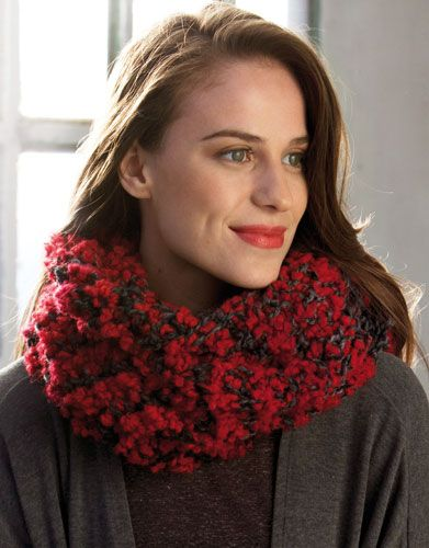 Book Woman Accessories 9 Autumn / Winter | 28: Woman Cowl | Red