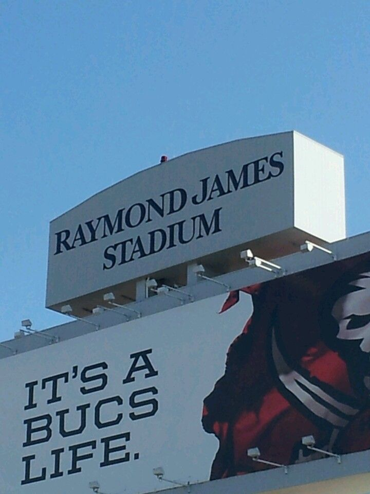 Raymond James Stadium - Tampa Bay Buccaneers Stadium